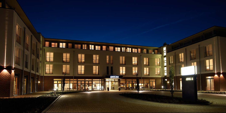 Park_Inn_Papenburg_Aussenansicht_1600x750-1-e1565086443173